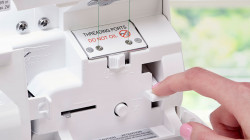 Baby-Lock-Celebrate-Serger_Jet-Air-Threading.jpg