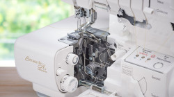 Accolade_BLS8_Serger_Tubular-Loopers.jpg