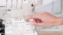 Accolade_BLS8_Serger_ExtraordinAir-Threading.jpg