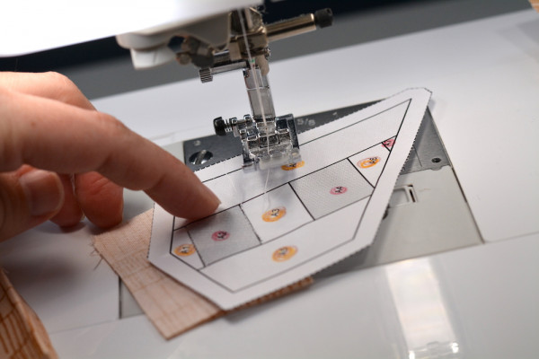 Foundation Paper Piecing Tip Main