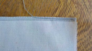 Threads-Tip_Neat-Serged-Seam-Edge-Finished.jpg