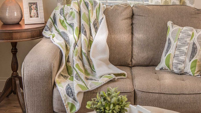 Green-Leaf-Serger-Blanket.jpg