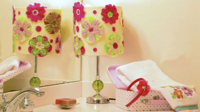 Flower_Decorated_Lamp_Shade.jpg