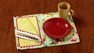 Summertime_Placemats_and_Napkins.jpg