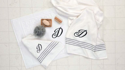 Embroidered_monogram_bathroom_ensemble.JPG