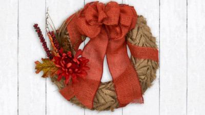 Prairepoint holiday wreath.jpg