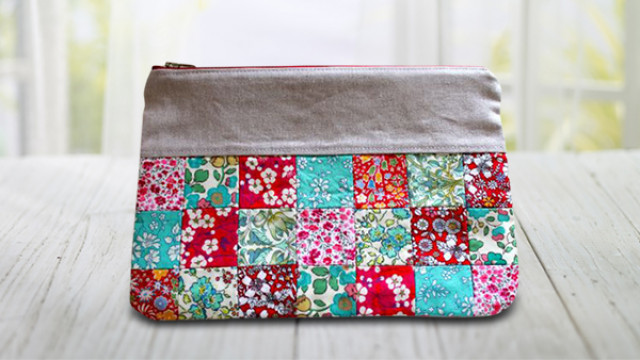Pretty_Little_Patchwork_Pouch_p.jpg