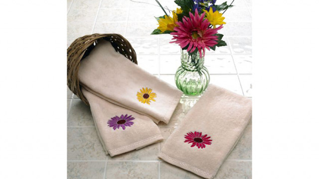 MasterworksII_Embroidered_Hand_Towels_p.jpg