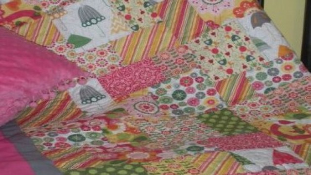 April_Showers_and_May_Flowers_Quilt_p.JPG