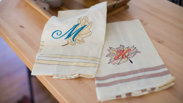 Fall_Embroidered_Tea_Towels.jpg