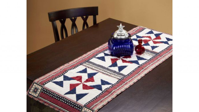 Star_Spangled_Table_Runner.jpg