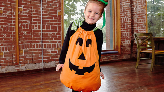 Pumkin_Pillowcase_Costume.jpg