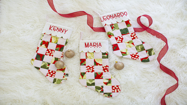 EMB_QUILT_TS_Stockings_1