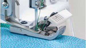 Baby-Lock-Celebrate-Serger_Vetical-Needle-Penetration.jpg