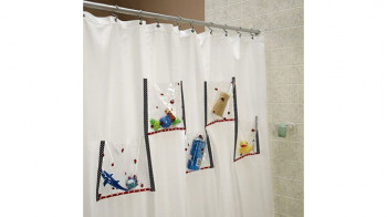 Shower_Curtain_with_Organizer_Pockets.jpg