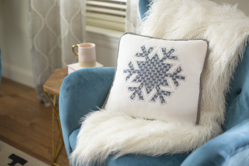 Snowflake Pillow_6