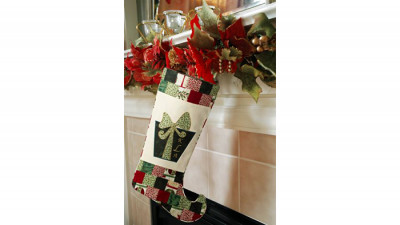 Monogrammed_Christmas_Stocking_p.jpg